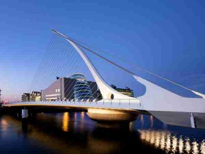 Samuel Beckett Bridge @dusk